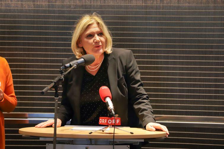 Bürgermeisterin der Stadt Klagenfurt Dr. Maria-Luise Mathiaschitz
