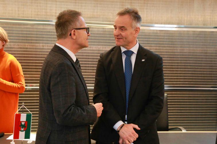 Generalkonsul der Republik Slowenien Dr. Anton Novak, SGZ-Präsident Benjamin Wakounig