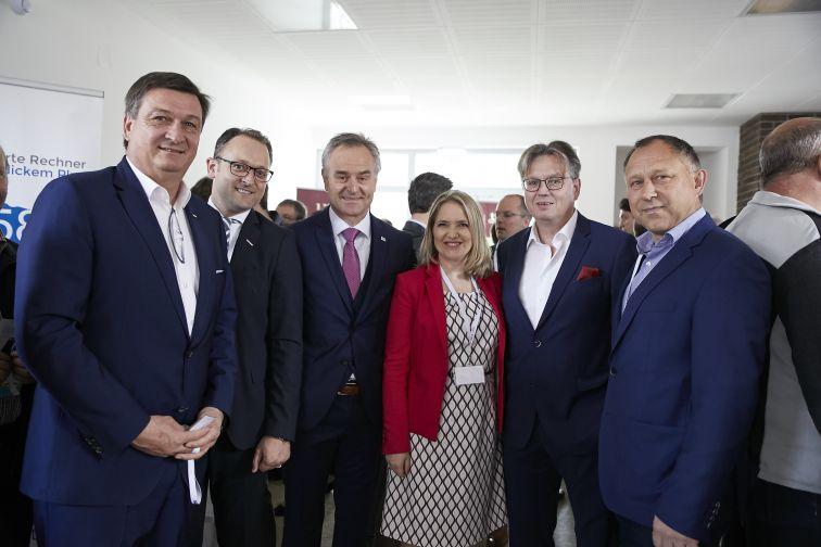 Jürgen Mandl (WKO), Meinrad Höfferer (WKO), Benjamin Wakounig (SGZ), Vesna Hodnik (SGZ), Bernhard Reiter (ZADRUGA), Anton Starman (Starman & Parner KG)